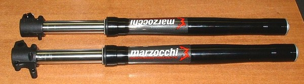 Pair of OEM MARZOCCHI fork 660mm